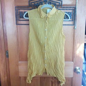 Breezy sleeveless shirt